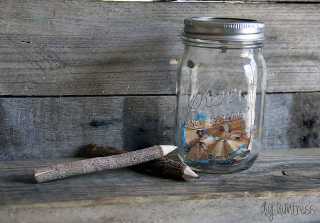 diy mason jar pencil sharpener