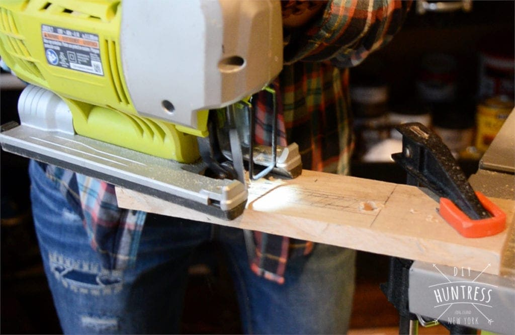 how to cut center of wood