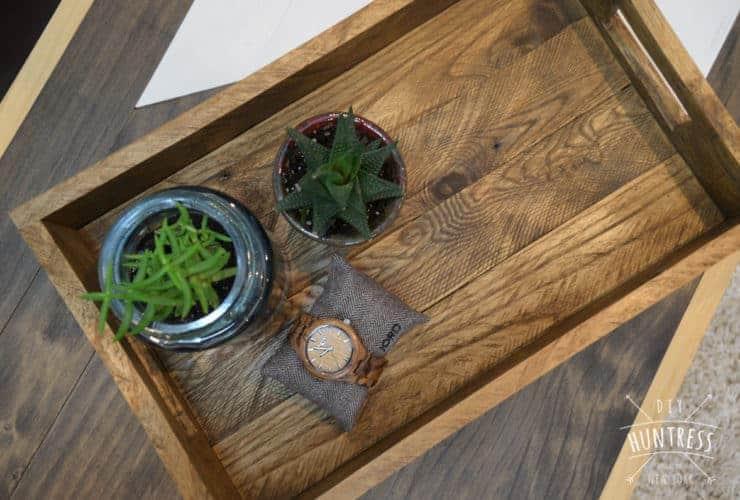 diy_huntress_reclaimed_wood_tray-7