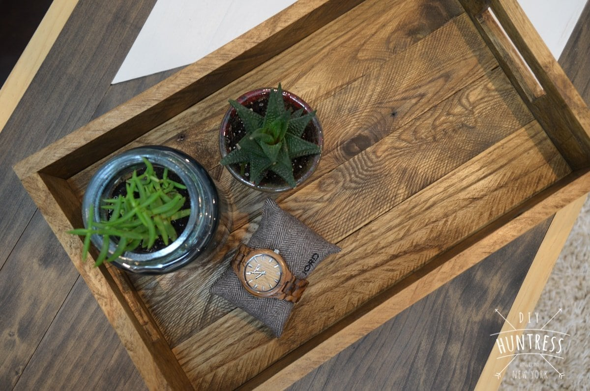 diy_huntress_reclaimed_wood_tray-7