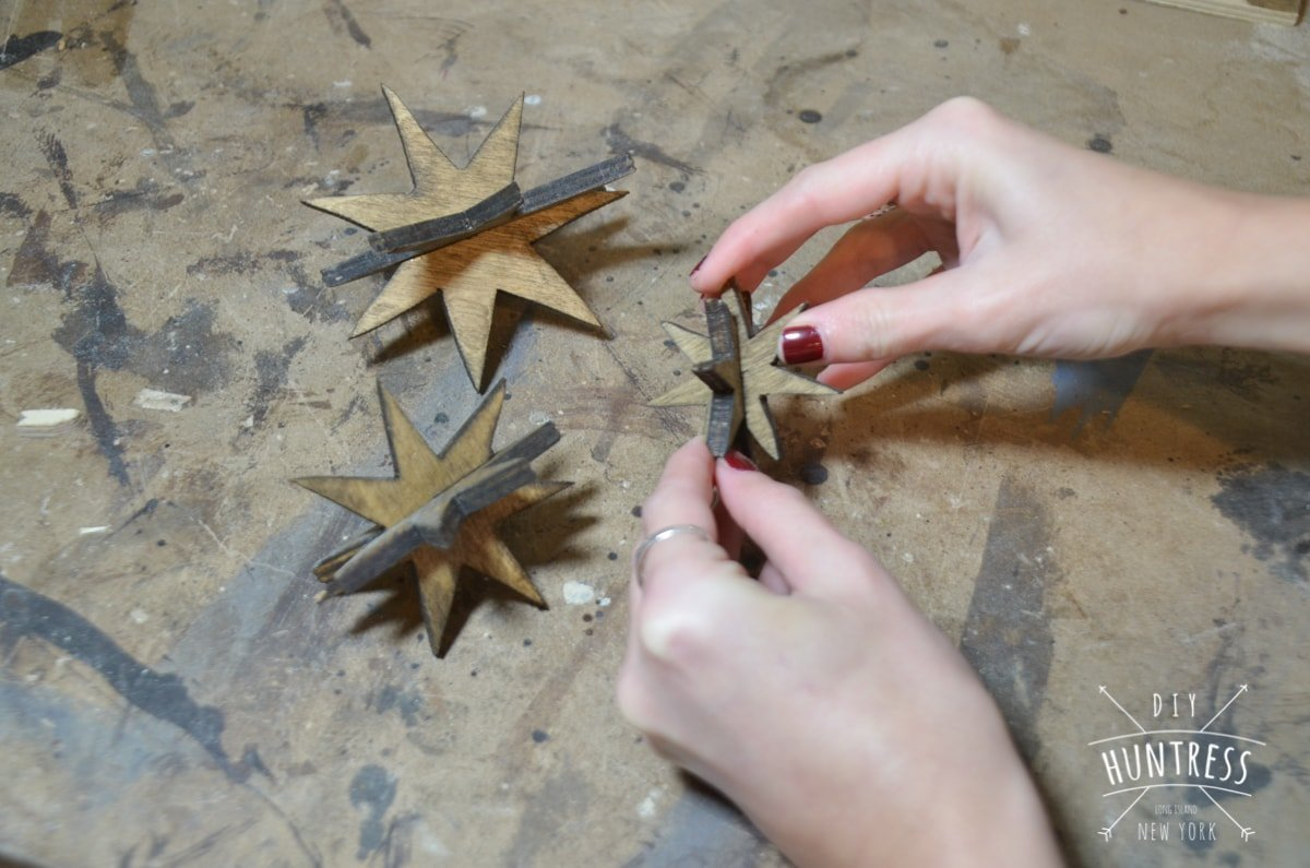 diy_huntress_wooden_star_ornament-12