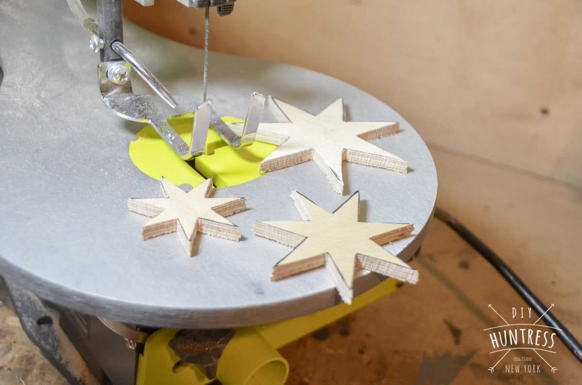 diy_huntress_wooden_star_ornament-4