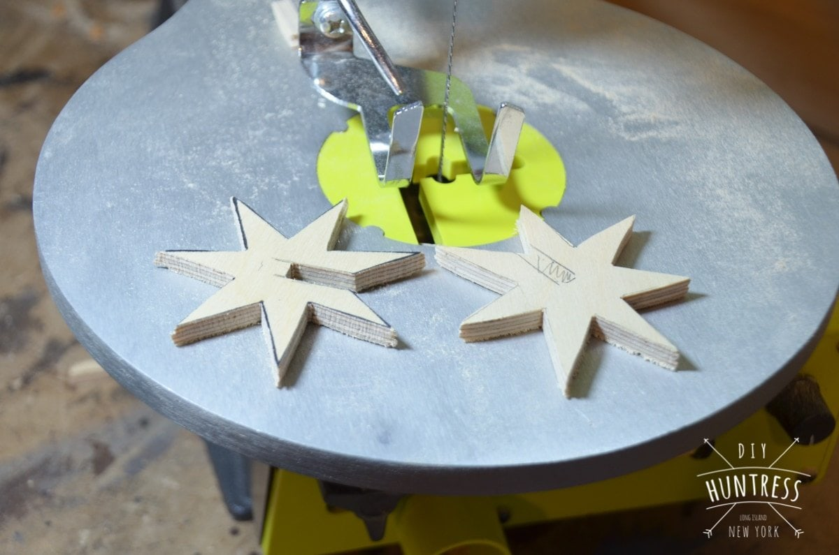 diy_huntress_wooden_star_ornament-8
