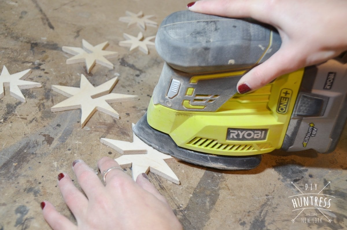 diy_huntress_wooden_star_ornament-9