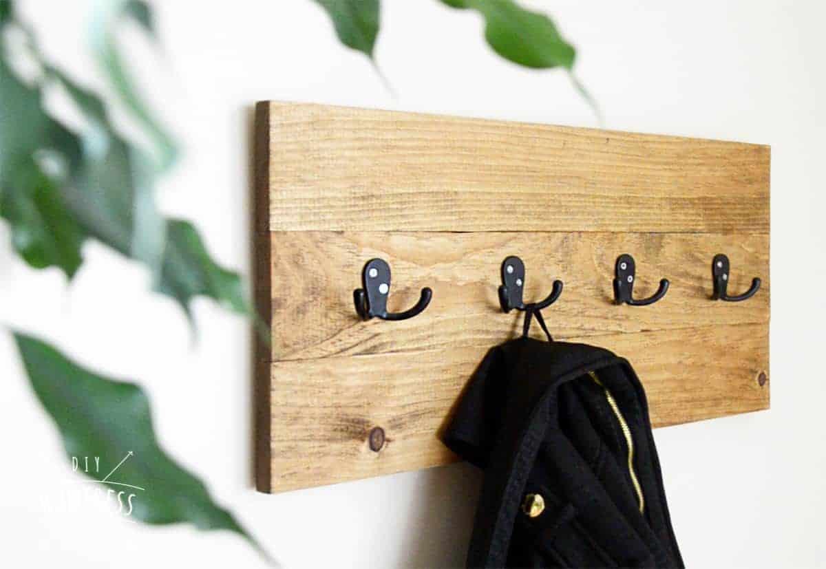 DIY Easy Wooden Coat Rack - DIY Huntress