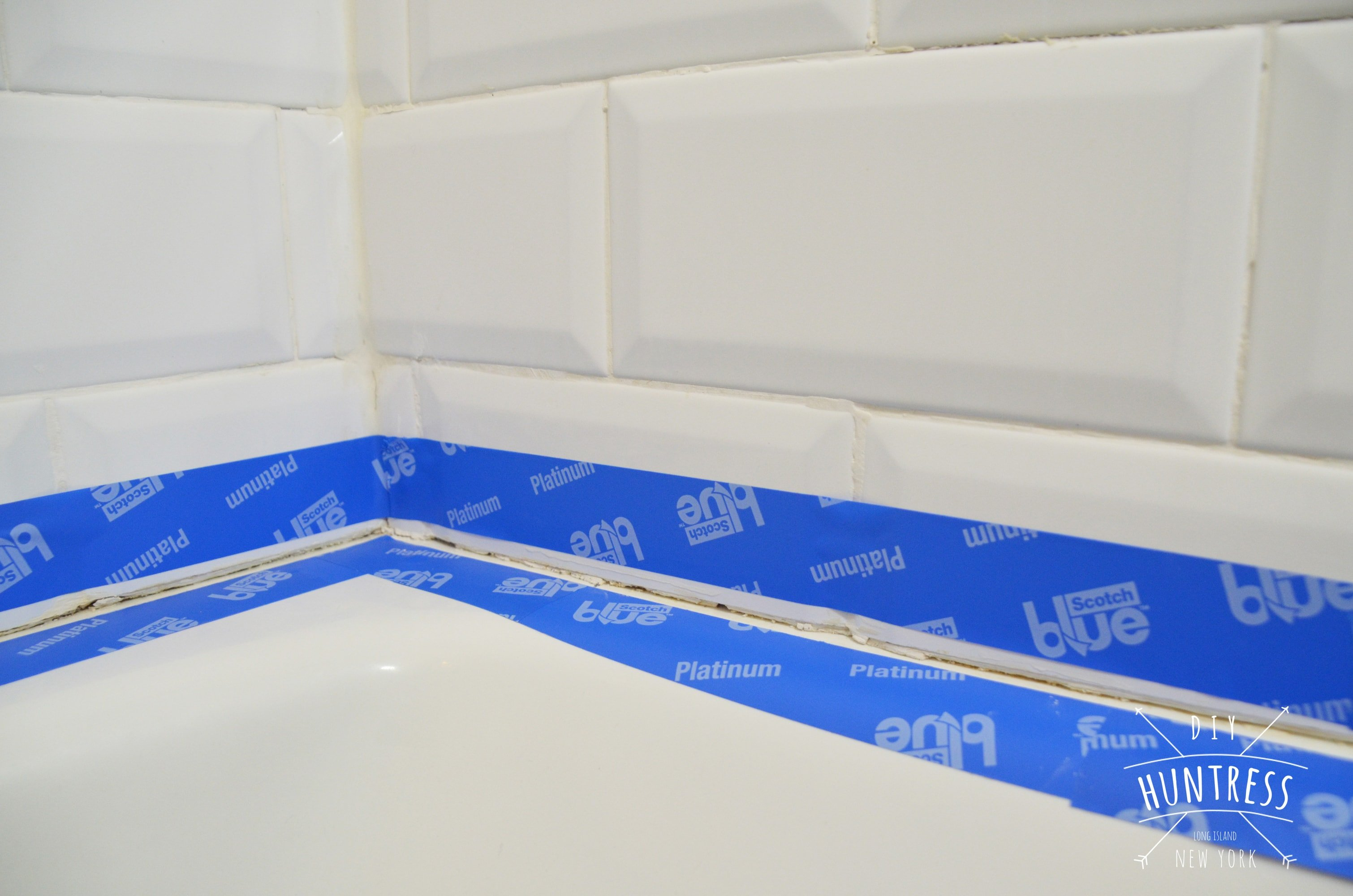 How To Caulk Tub