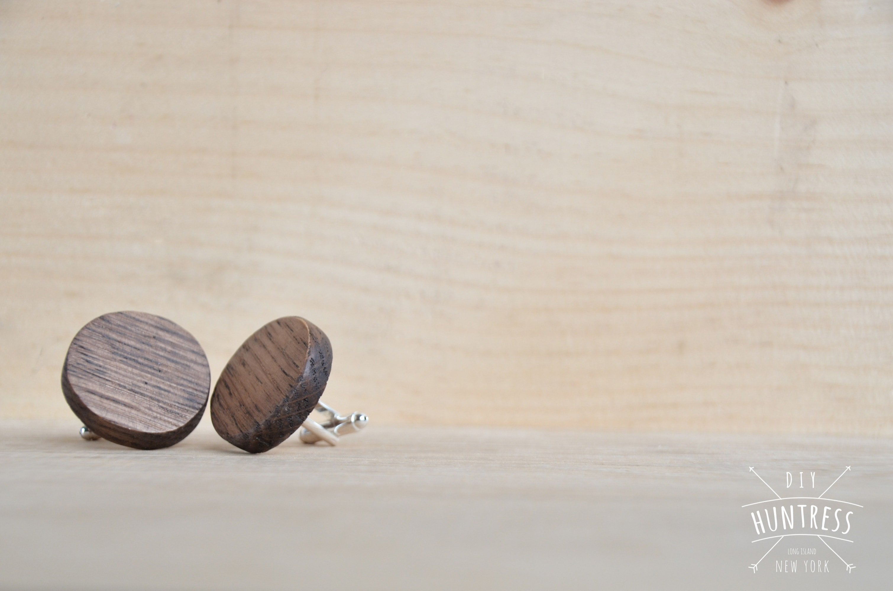 how to make wood cufflinks