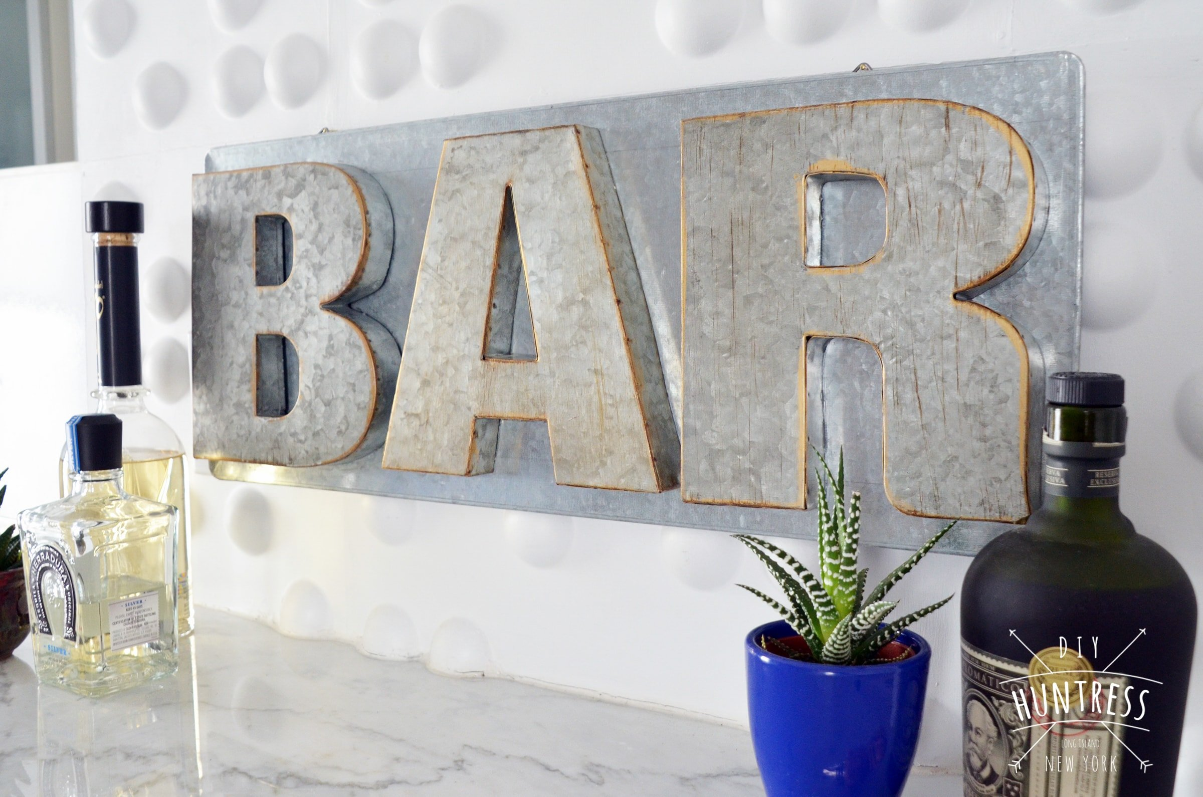 home bar decor