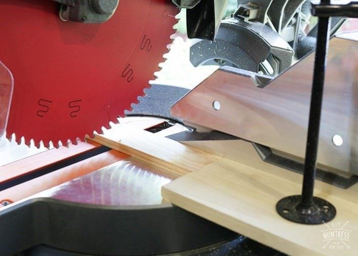 how to cut wood herringbone