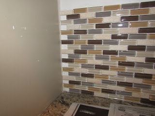 how to install mosaic backsplash