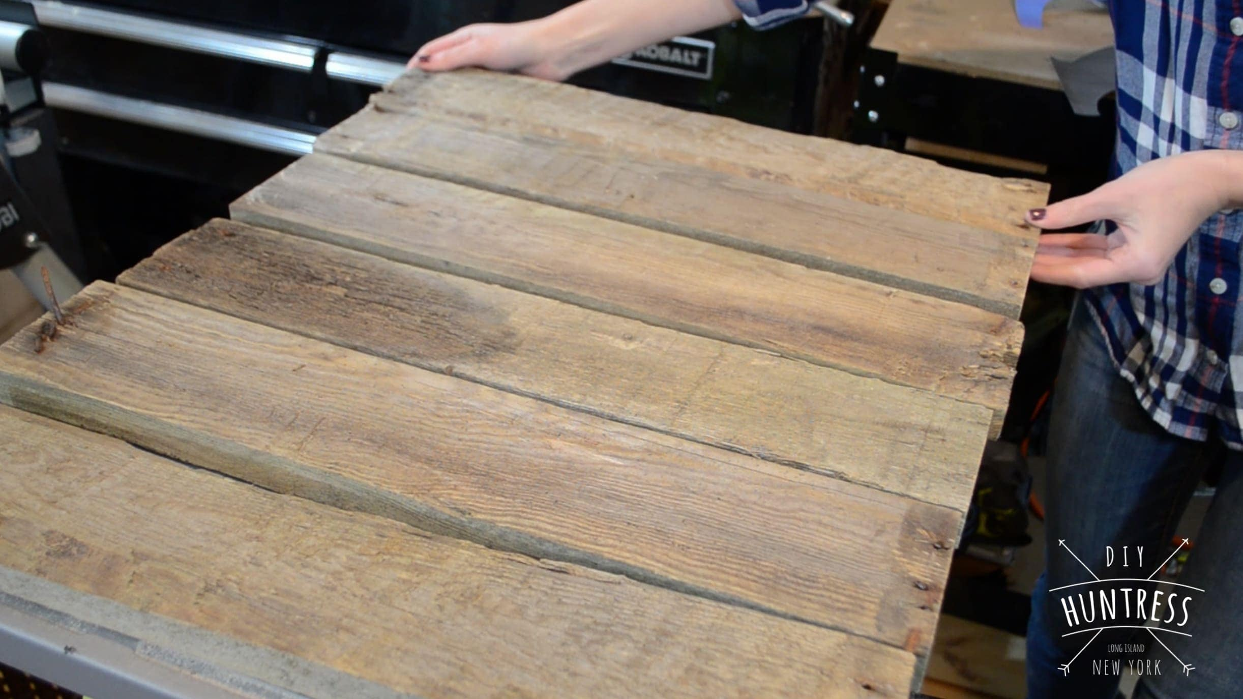 DIY_Huntress-Pallet_Letter-5