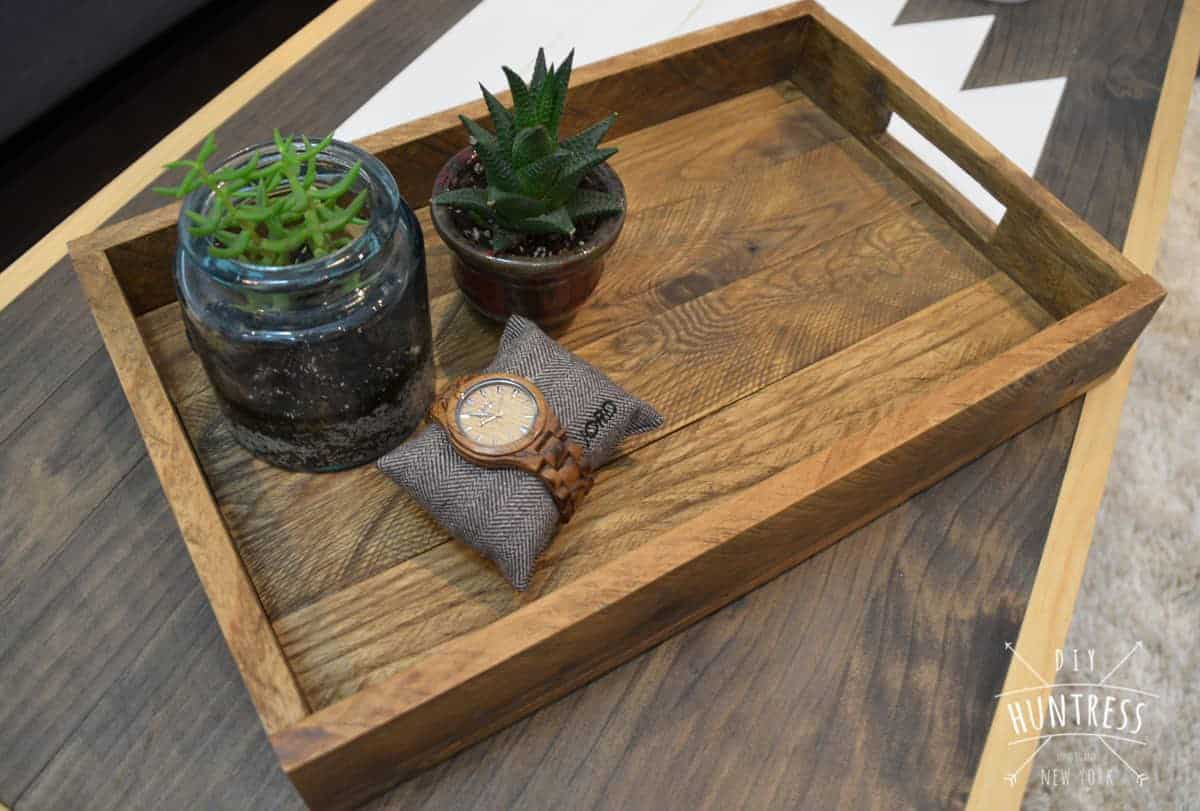 diy pallet wood tray
