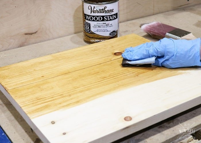 how to stain a wood sign