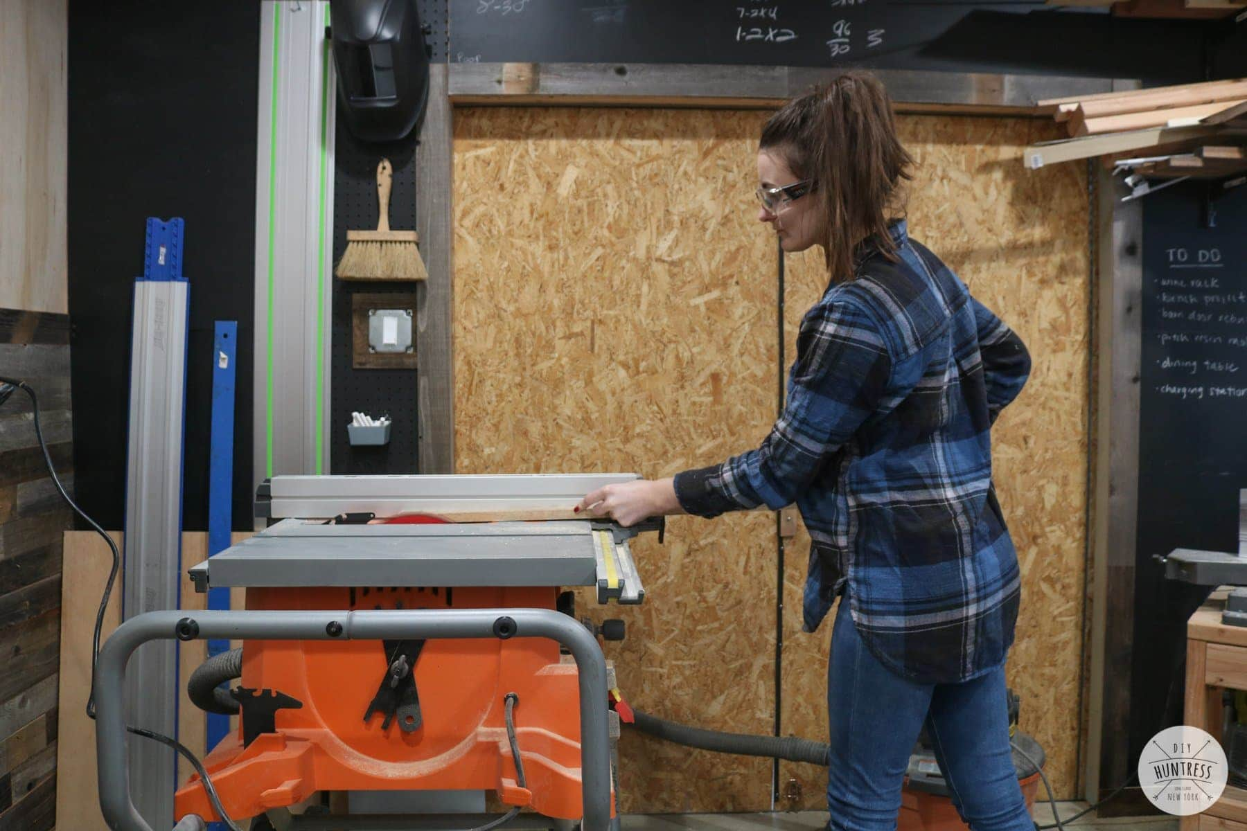 how to cut wood on a table saw