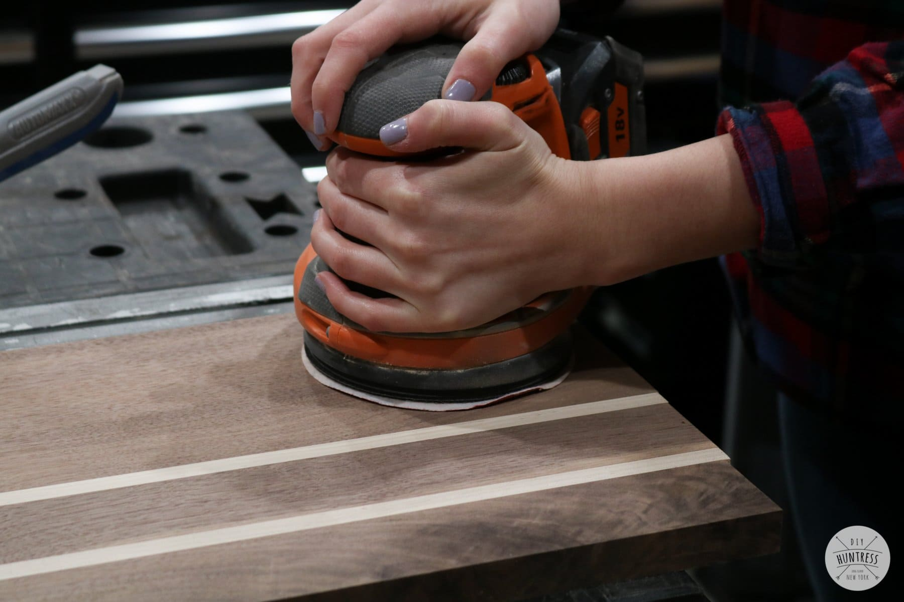 how to sand walnut