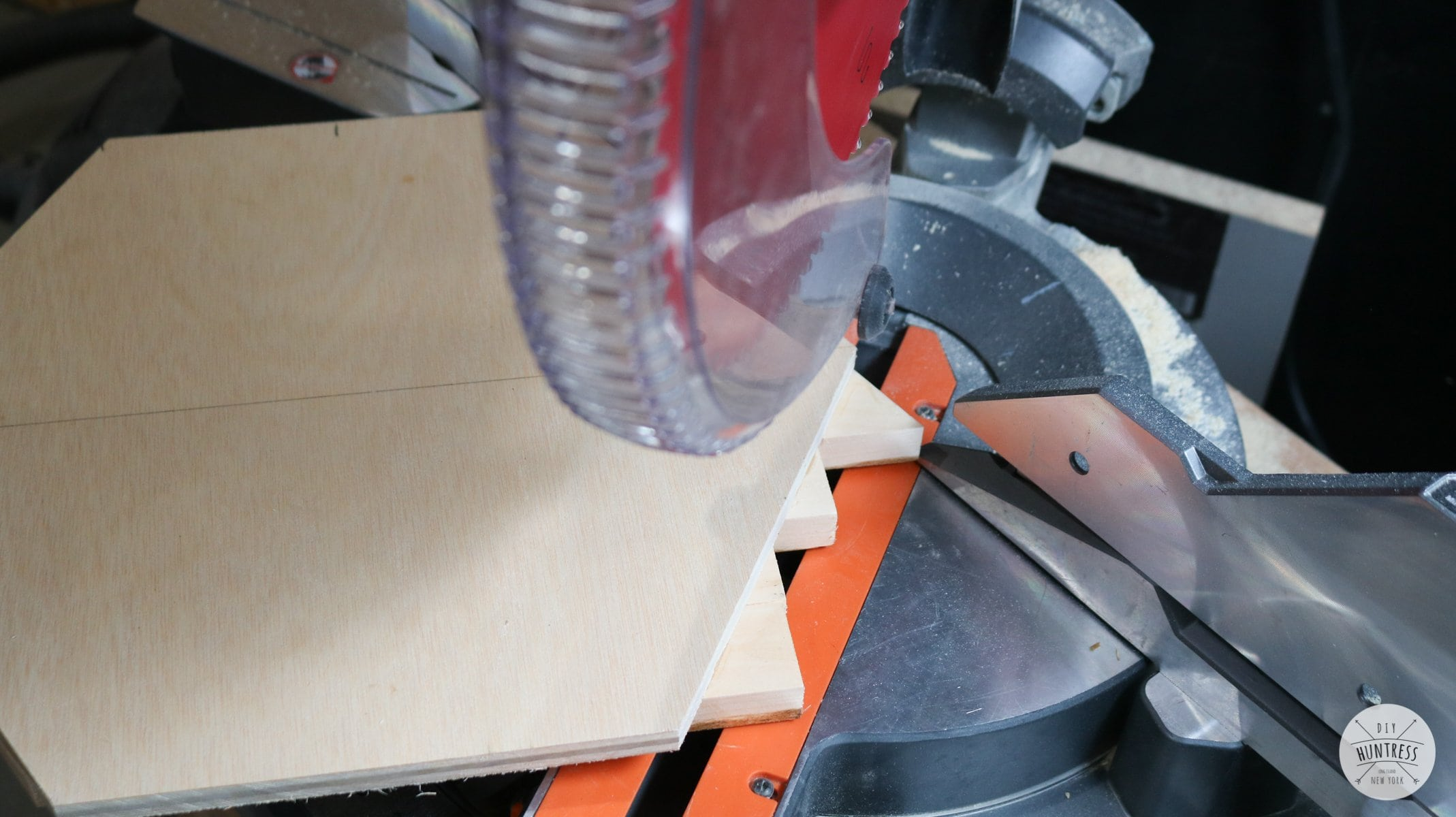 how to trim wood on miter saw
