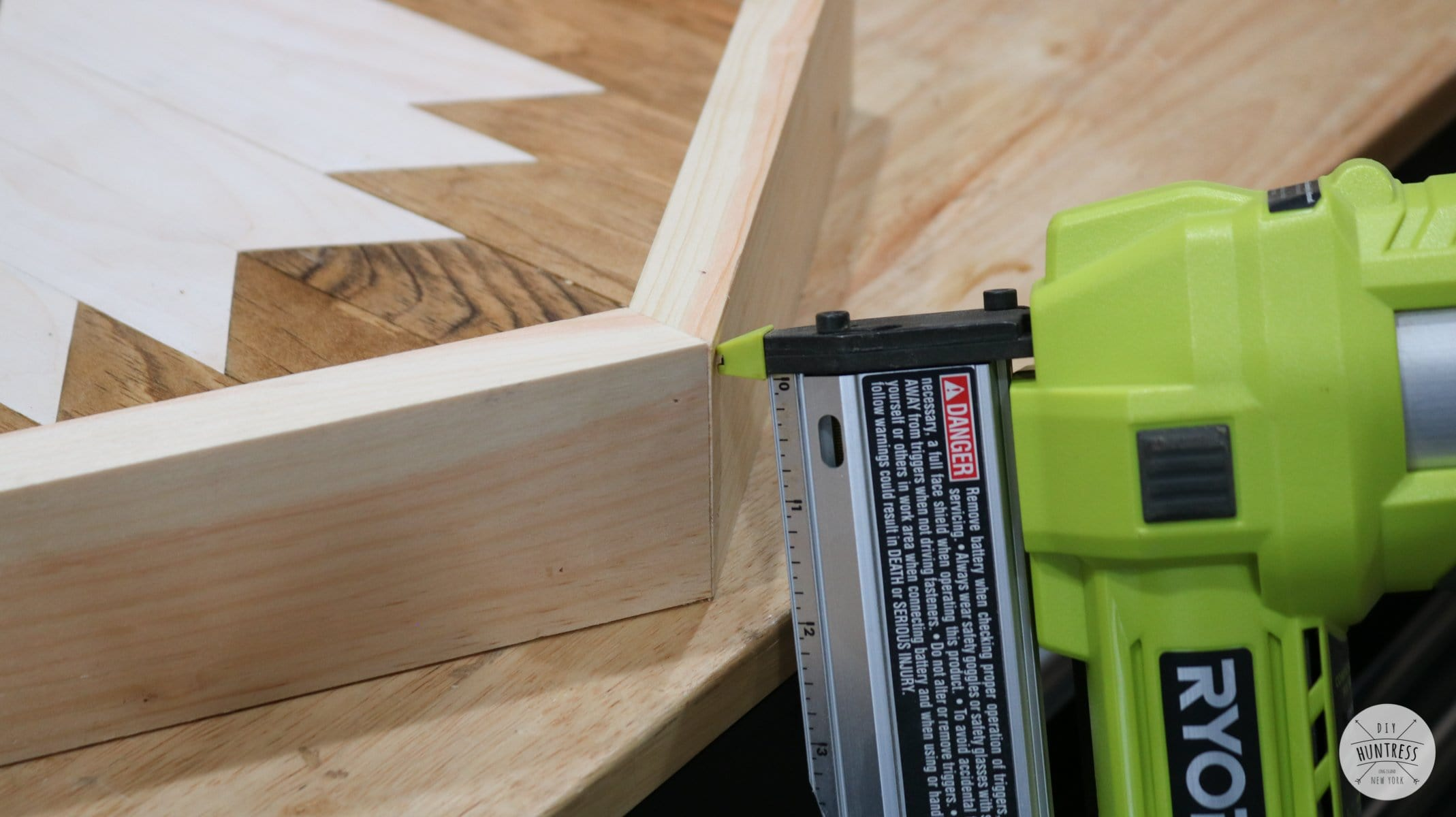 how to assemble wood frame