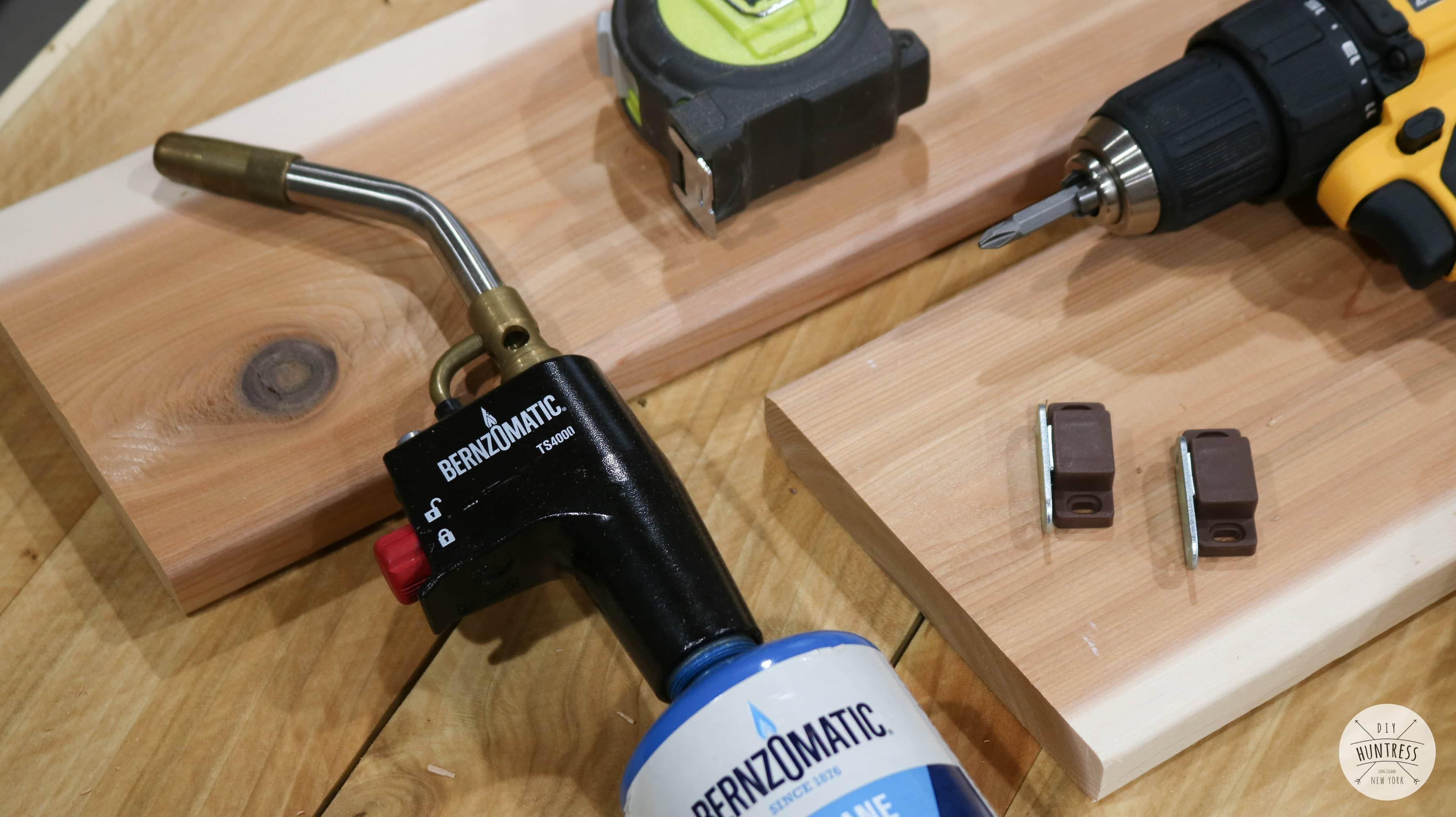 how to build a cedar planter