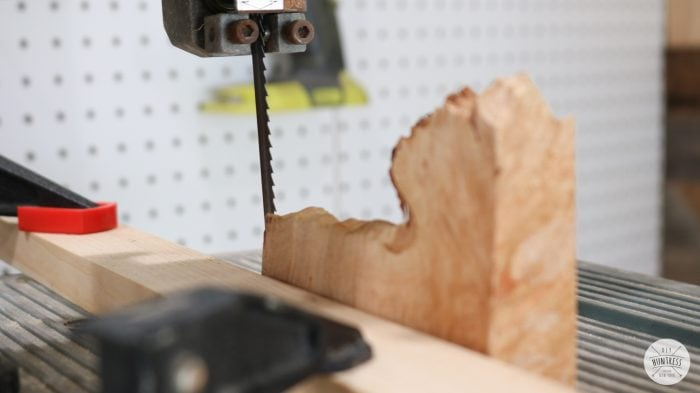 cut wood strips with bandsaw