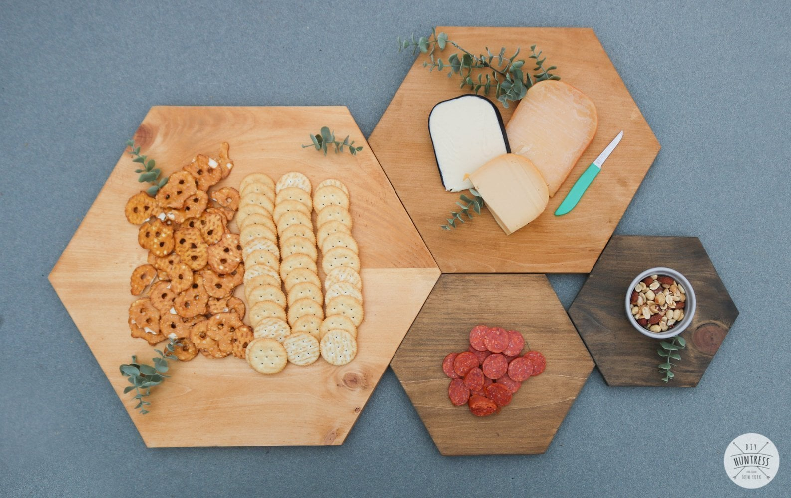 DIY Hexagon Serving Tray Set