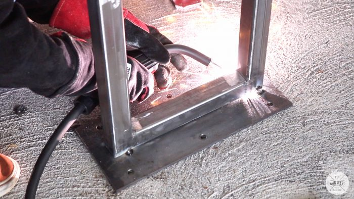 how to weld a metal base