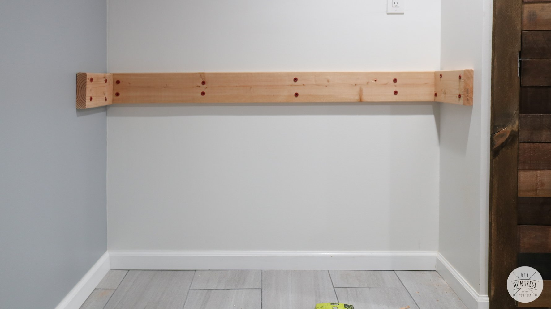 easy floating shelf bracket