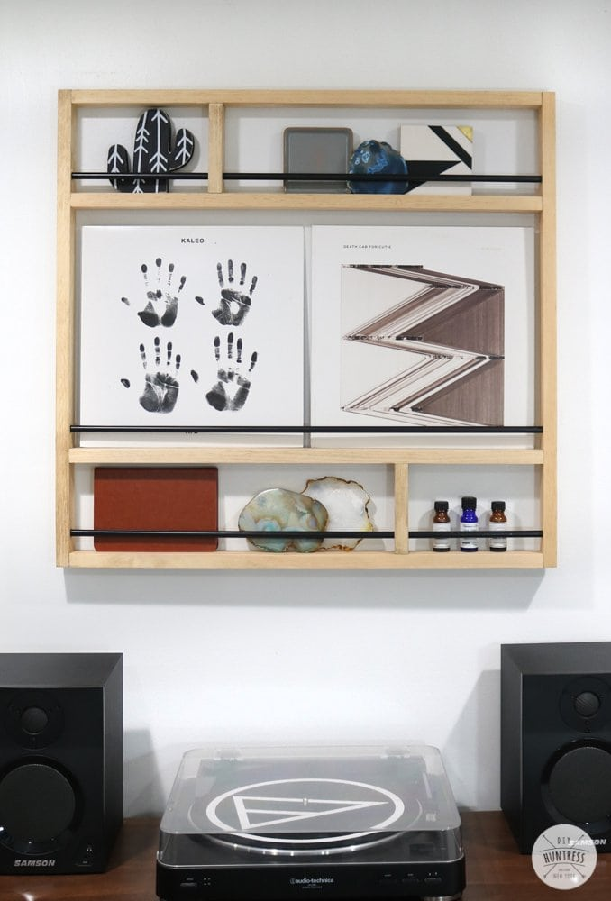 wall storage for records