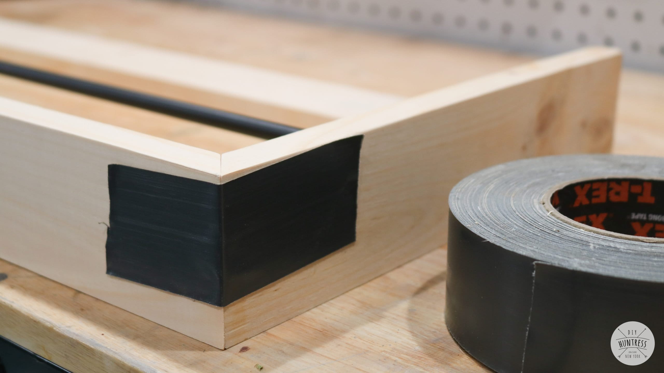 how to clamp miter joints with tape