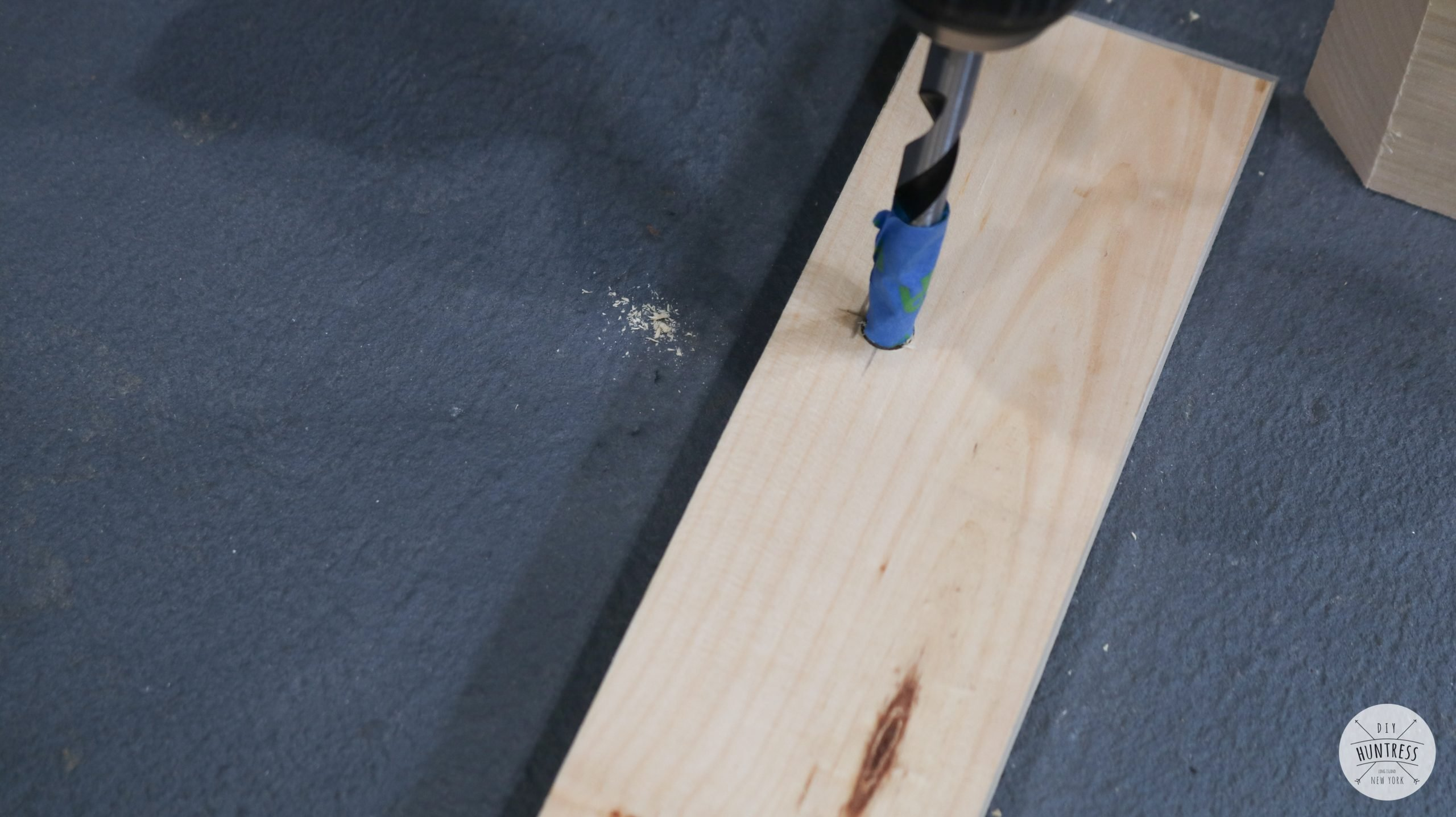 how to drill holes for metal rods