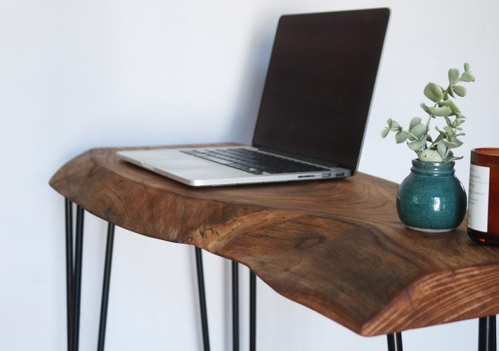 how to make a live edge desk