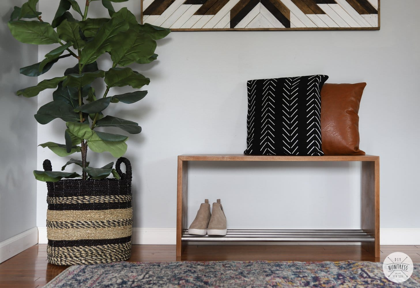 diy bench with shoe storage
