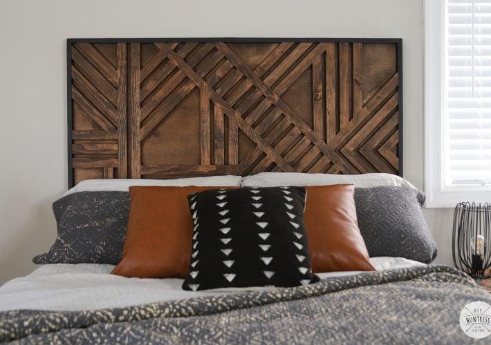 diy temporary geometric wood feature wall