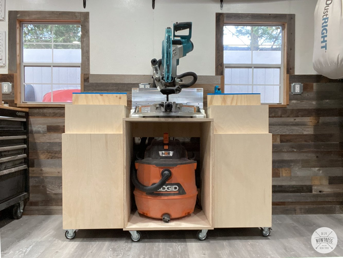 miter saw with wheels and cabinets