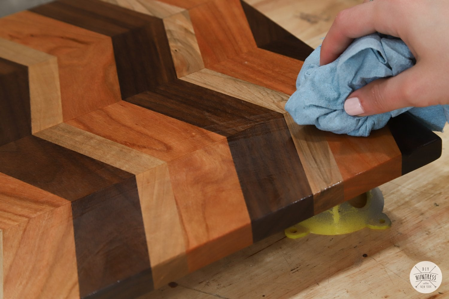finishing a cutting board with oil